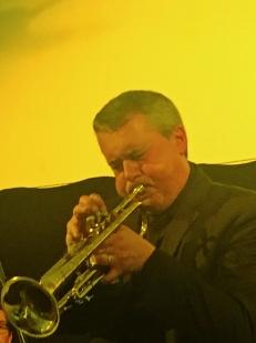 13-trompette